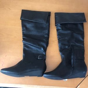 BRAND NEW BOOTS!